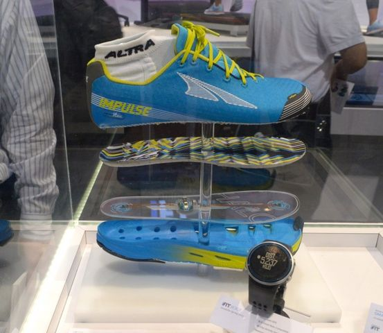 Altra-Halo-Tech Shoes-techpanorma